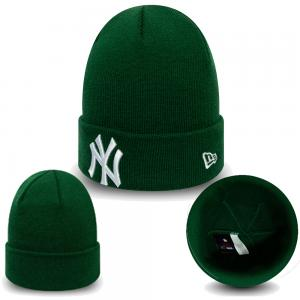 New Era MLB New York Yankees Essential Cuff Knit Green